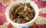 Тайский салат из живых креветок Ям Кунг Тен