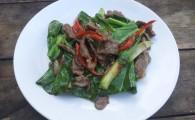 Говядина в устричном соусе (Ныа Пад Нам Ман Хой)