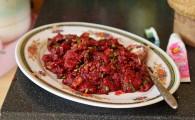 Тайские блюда из крови и сырого мяса